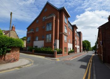 Thumbnail 2 bed flat to rent in Greetwell Gate, Lincoln