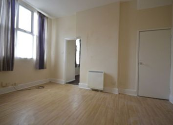 Thumbnail 1 bed flat to rent in Flat 4, Bramley Road