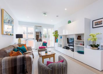Thumbnail 2 bed flat for sale in Bath Road, Maidenhead