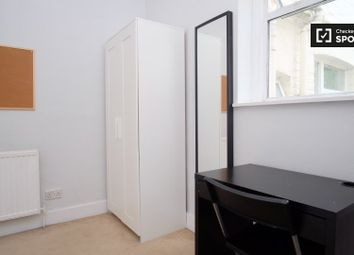 Thumbnail Room to rent in Victoria Road, London