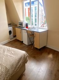 Thumbnail 1 bed flat to rent in Station Parade, Ealing Common