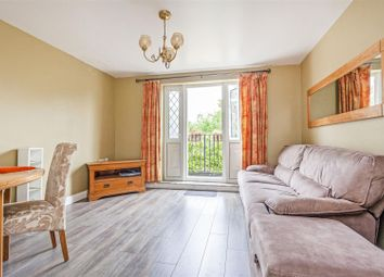 Thumbnail 2 bed flat for sale in Wood Vale, London