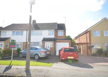 Thumbnail 4 bed property to rent in Queens Mead, Aylesbury