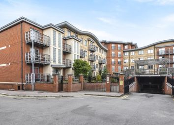 Thumbnail 2 bed flat to rent in Jubilee Square, Reading