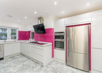 Thumbnail 6 bed detached house to rent in Hatch Lane, Windsor