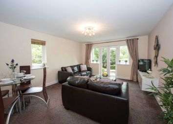 Thumbnail 2 bed flat to rent in Three Bridges Road, Town Centre, Crawley