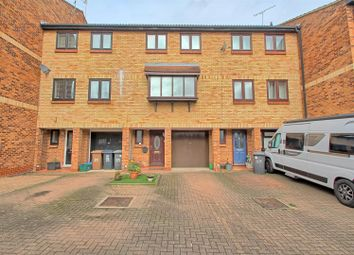 4 bed town house for sale in Page Hill, Ware SG12