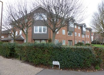 Thumbnail 2 bedroom flat to rent in Irvine Road, Littlehampton