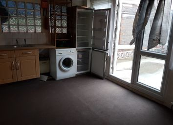 Thumbnail 1 bed flat to rent in Holly Road, Wanstead