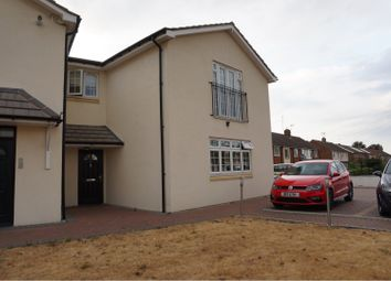 Thumbnail 2 bed maisonette to rent in 48 Wensley Road, Reading