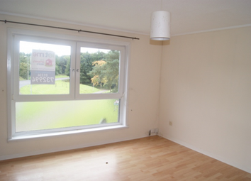 Thumbnail 3 bedroom flat to rent in Laburnum Road Abronhill Cumbernauld, Cumbernauld
