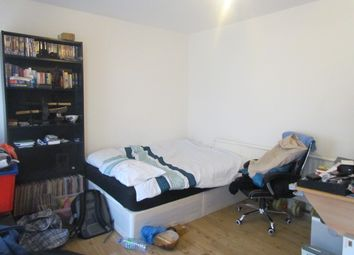 Thumbnail Room to rent in Stork Road, Startford