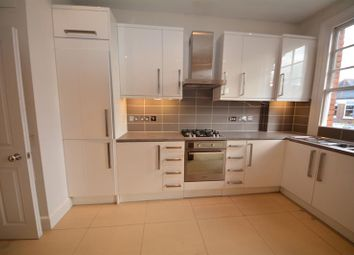 3 bed maisonette to rent in Sedgemere Avenue, East Finchley, London N2