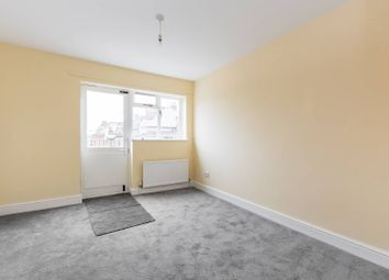Thumbnail 2 bed flat to rent in High Road, Tottenham