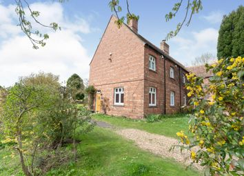 Thumbnail 2 bed cottage to rent in High Road, Shillington, Hitchin