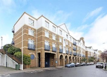 Balmoral Court, King & Queen Wharf, London SE16. 2 bed flat for sale