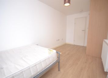 Thumbnail Room to rent in Rushbrook Road, Woodley, Reading