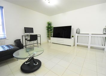 Thumbnail 2 bed flat to rent in Kingsquarter, Maidenhead, Berkshire