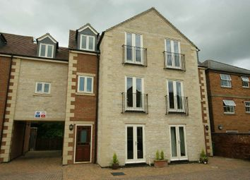 Thumbnail 1 bedroom flat for sale in Burley Road, Oakham