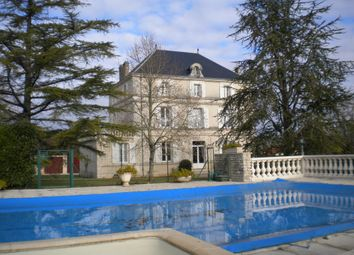 Thumbnail 7 bed property for sale in Poitou-Charentes, Charente, Angoulême