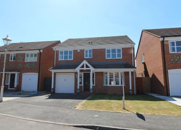 Thumbnail 4 bedroom detached house to rent in Kestrel Way, Aylesbury