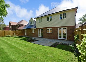 Thumbnail 5 bed detached house for sale in Lenham Road, Oakley Grange, Headcorn, Kent