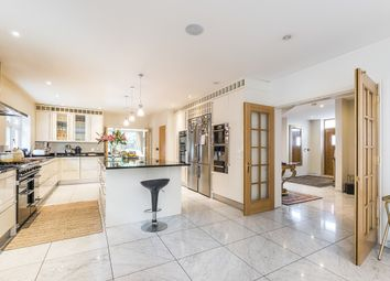 Thumbnail 6 bed property to rent in Southwood Avenue, Coombe, Kingston Upon Thames
