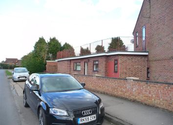 Thumbnail 1 bedroom flat to rent in Longcroft Road, Thatcham