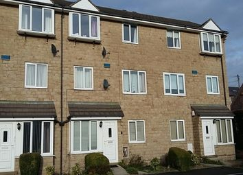 Thumbnail 2 bedroom flat to rent in Dingle Road, Huddersfield