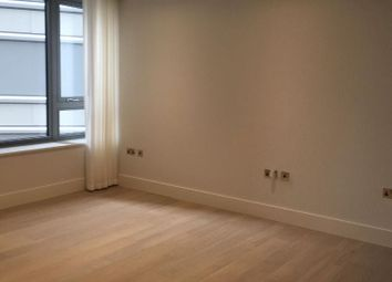 Thumbnail 1 bed flat to rent in The Corniche, Albert Embankment, London