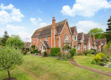 4 bed semi-detached house for sale in Perry Hill, Worplesdon, Guildford GU3