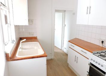 Thumbnail 2 bedroom property to rent in Albion Hill, Brighton