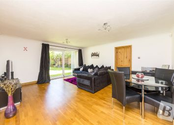 2 bed maisonette for sale in Maytree Close, Rainham RM13