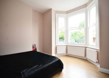 Thumbnail 2 bed flat to rent in Belvoir Road, East Dulwich