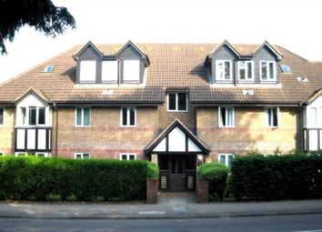 Thumbnail 2 bed flat to rent in Watling Street, Radlett