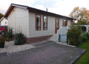 Thumbnail 2 bed mobile/park home for sale in Westbrook Green, West Side, North Littleton, Evesham, Worcs.