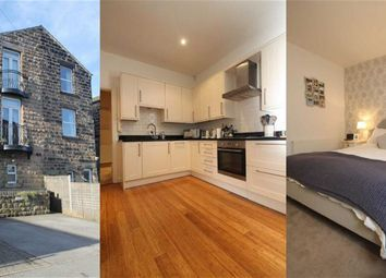 Thumbnail 2 bed town house for sale in Valley Mount, Harrogate, North Yorkshire