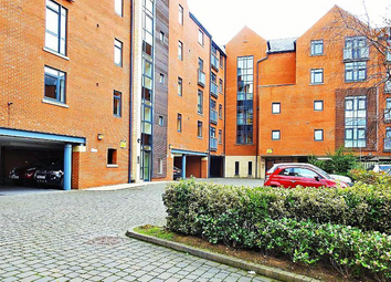 2 bed flat to rent in Trinity Wharf, High Street HU1