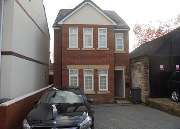 Thumbnail 4 bed detached house to rent in Claremont Road, Luton