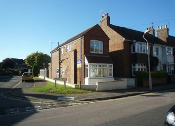 Thumbnail 1 bed flat to rent in Cleveland Road, Chichester