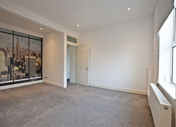2 bed flat to rent in Alexandra Road, Gloucester GL1