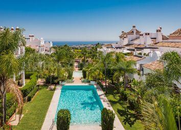 Thumbnail 2 bed apartment for sale in Sierra Blanca, Marbella Golden Mile, Malaga, Spain