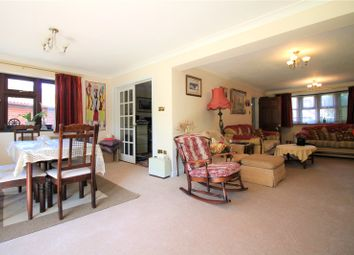 4 bed detached house to rent in Darris Close, Hayes UB4