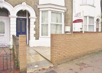 Thumbnail 2 bed flat to rent in First Floor Flat, Cranbury Avenue, Southampton