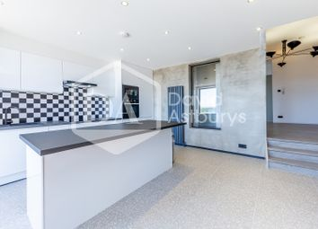 2 bed flat to rent in Muswell Hill Broadway, Muswell Hill, London N10