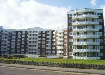 2 bed flat to rent in Grove Road, East Cliff, Bournemouth BH1
