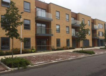 Thumbnail 1 bed flat to rent in Drake Way, Reading