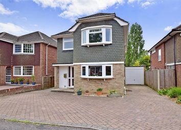 Thumbnail 4 bed detached house for sale in Chartwell Drive, Havant, Hampshire