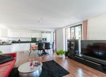 3 bed flat to rent in Bramwell Way, London E16