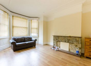 Thumbnail 2 bed flat to rent in Fitzjohn Avenue, High Barnet